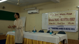 Ms. Bijoya Chnada, advocate for IBJ Justicemakers, introducing the workshop to participants