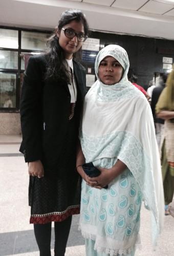IBJ Volunteer lawyer Katyayni with Fatima at her court case